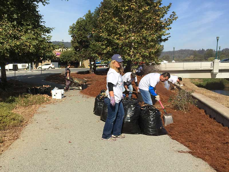 Watershed stweards cleaning up the San Lorenzo river